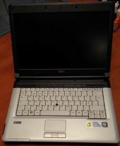 Fujitsu Lifebook S710 реална снимка