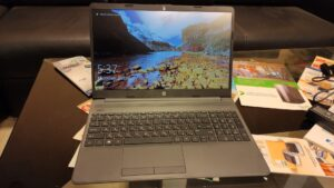 Лаптоп HP G8
